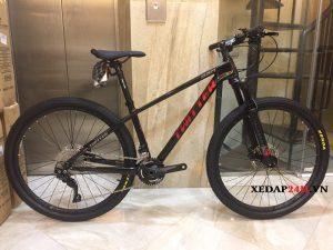 xe-dap-the-thao-carbon-twitter-leopard-pro-m6000-den-do